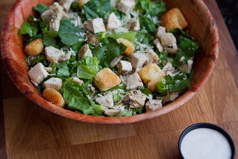 Caesar-salad-with-chicken-1